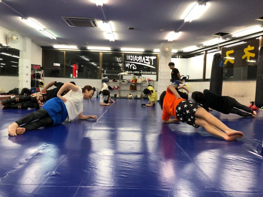 天下一ジム 高崎 体幹 トレーニング - キックボクシングジム