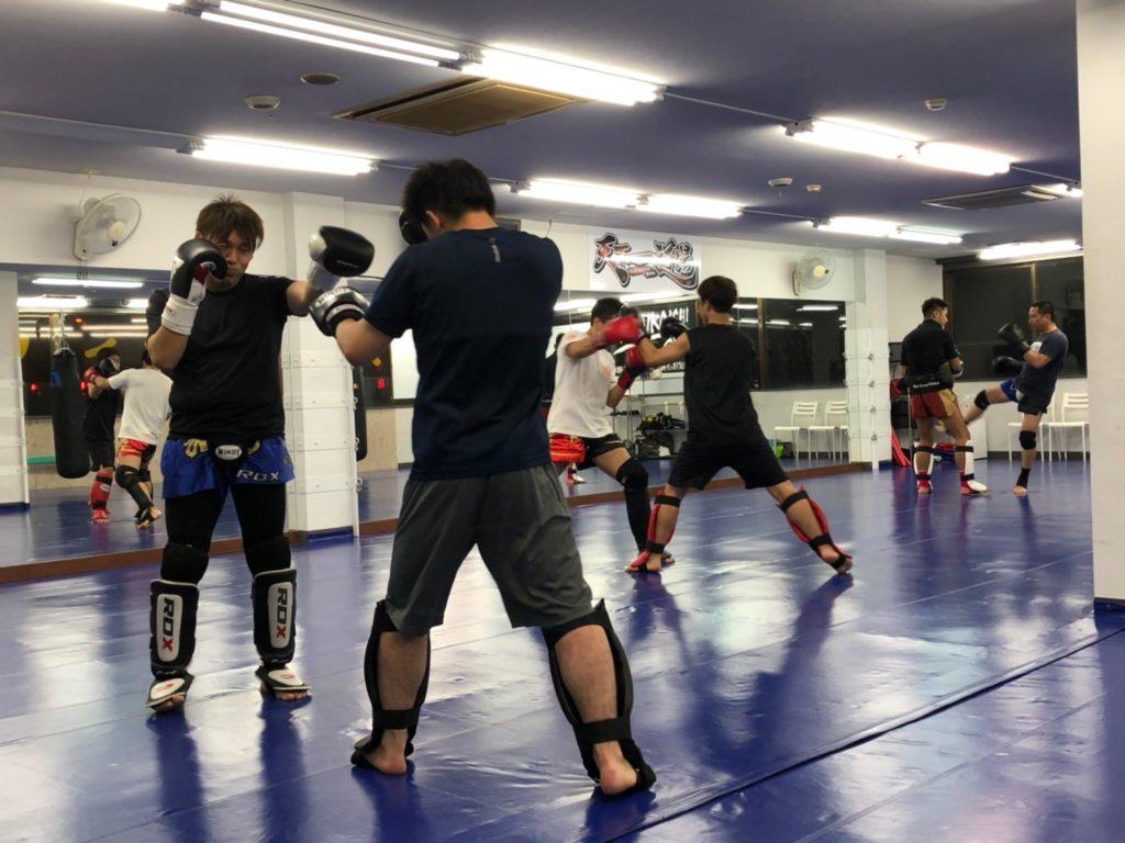 群馬 ジム フィットネス - キックボクシングジム