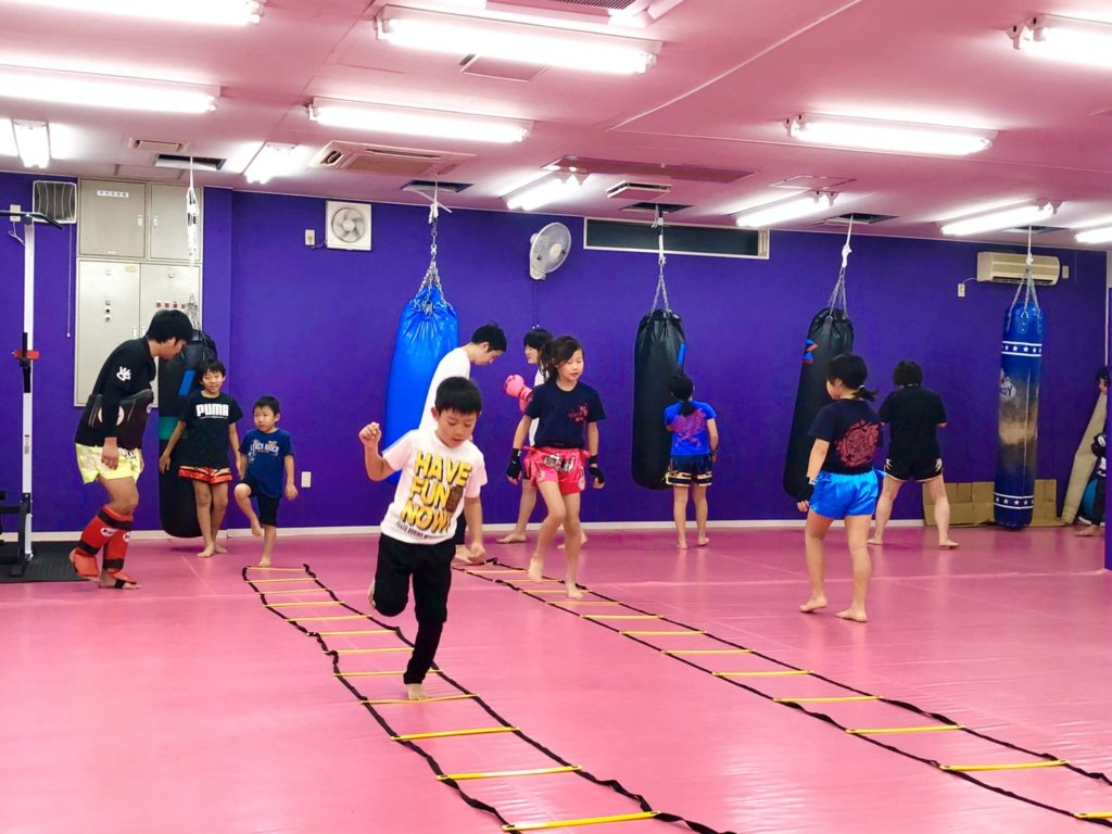 ワイルドシーサー 前橋店舗 キッズクラス - キックボクシングジム