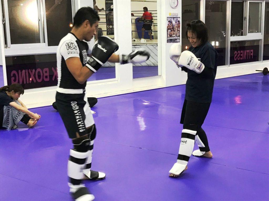 SHINE(那覇市・泊)の練習風景4 - キックボクシングジム