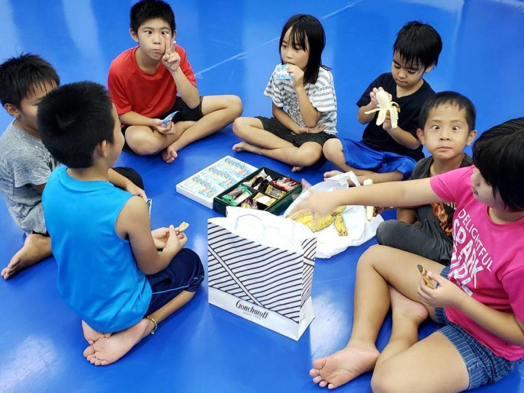ワイルドシーサー沖縄・南風原ジムのキッズコースの様子 - キックボクシングジム