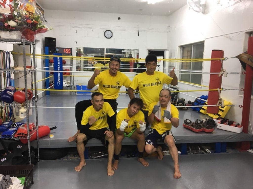 ワイルドシーサー沖縄・石垣ジムの集合写真 - キックボクシングジム