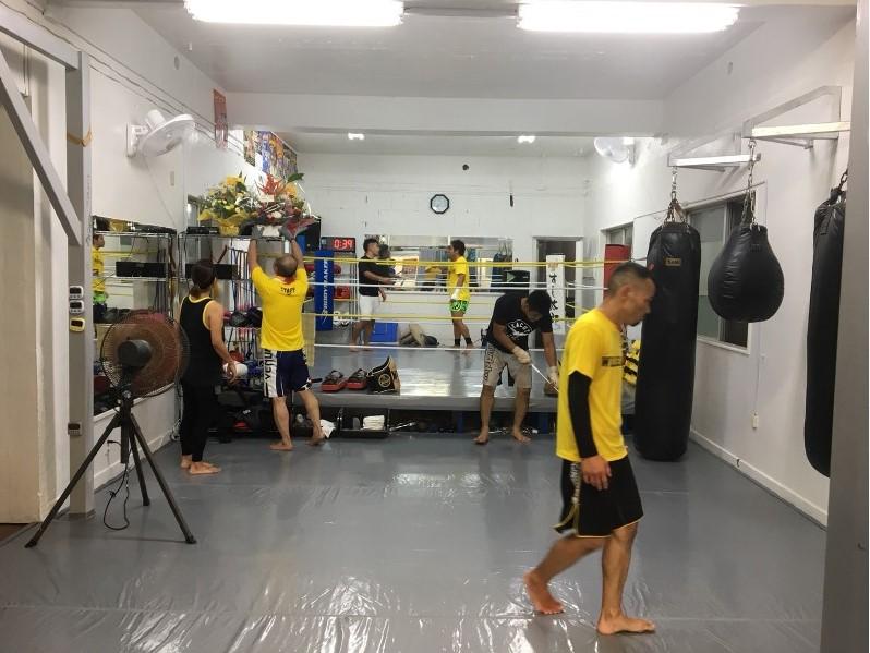 ワイルドシーサー沖縄・石垣ジムの練習風景 - キックボクシングジム