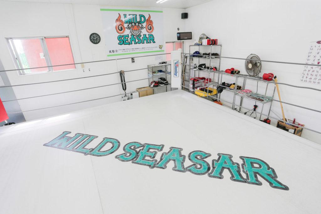 コザ店舗のリング - キックボクシングジム