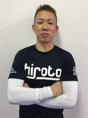 鉄弥 - 選手
